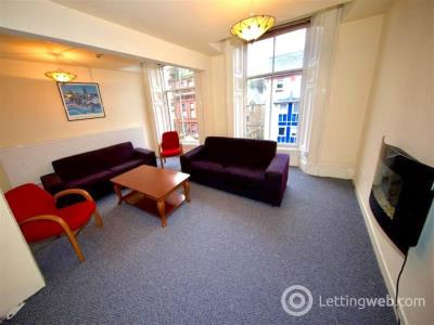 Property to rent in Meadowside ,