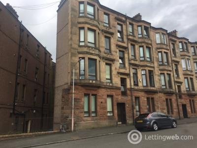 Property to rent in 21 Harcourt Drive