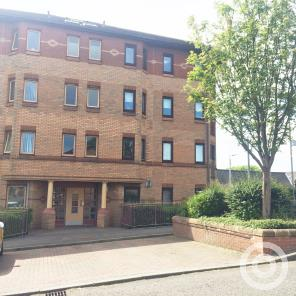 Property to rent in 2 Southloch Gardens