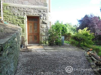 Property to rent in Garden Flat Drummond Terrace
