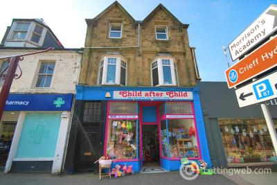 Property to rent in 7 High Street