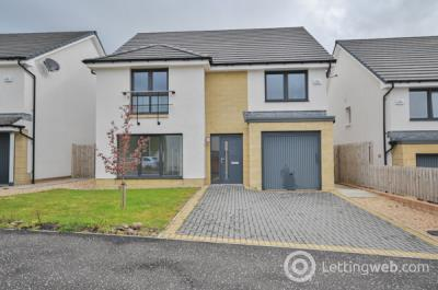 Property to rent in 3 Sycamore Avenue