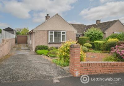 Property to rent in Braeside
