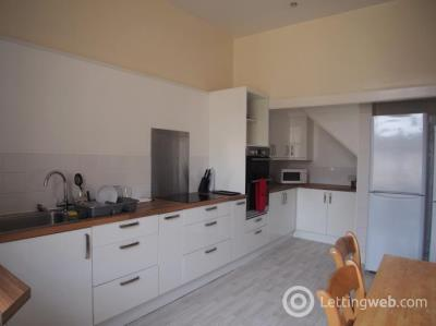 Property to rent in Albert Drive, Glasgow, G41
