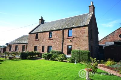 Property to rent in Old Farmhouse, Braidestone