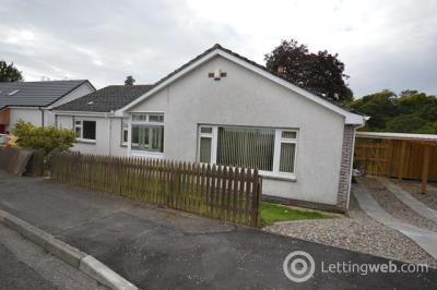 Property to rent in Bridgeton Place, Almondbank