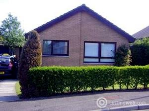 Property to rent in Trinafour