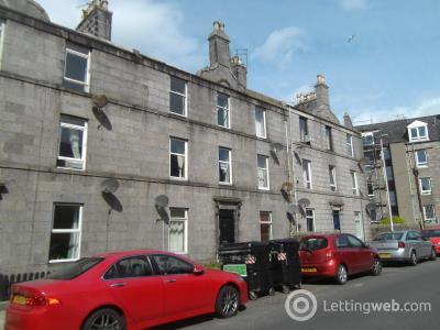 Property to rent in Roslin Street, Aberdeen