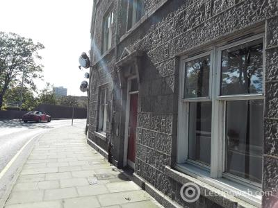 Property to rent in 35 B Park Road, 1st Floor, Aberdeen, AB24 5NY