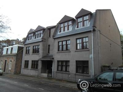 Property to rent in Loanhead Court, Flat E, Loanhead Place, Aberdeen, AB25 2TT