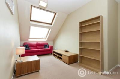 Property to rent in 15e Richmond Walk, TFL, Aberdeen, AB25 2YT