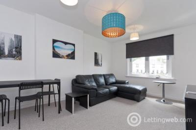Property to rent in 29 Middlefield Place, Aberdeen, AB24 4PP