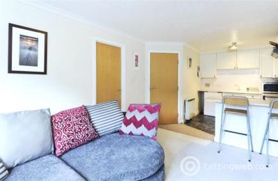Property to rent in 20 Ogilvie Buildings, 77 Dee Street, Aberdeen, AB11 6FF