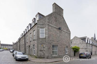 Property to rent in 58C Charlotte Street, Aberdeen, AB25 1LT
