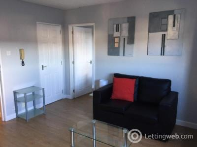 Property to rent in 7 Gairn Terrace, Aberdeen, AB10 6BB