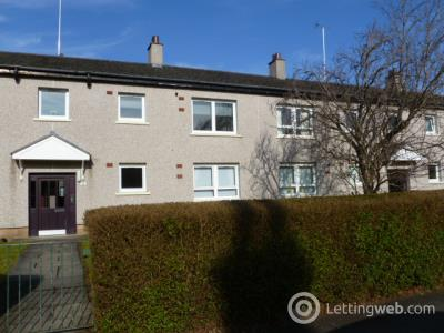 Property to rent in 28 Abbey Drive