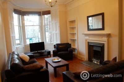 Property to rent in Comiston Road