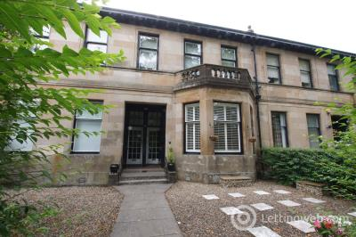 Property to rent in Broomhill Balshagray Drive