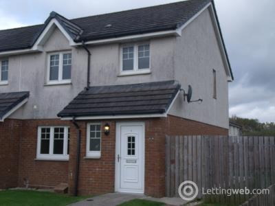 Property to rent in 4 Station Court