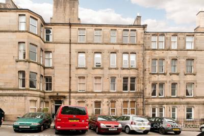 Property to rent in Dean Park Street, Stockbridge, Edinburgh