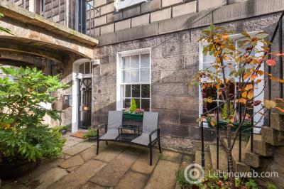 Property to rent in 21A Scotland Street, New Town