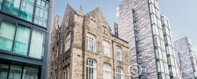 Property to rent in Simpson Loan, Edinburgh, EH3 9GD