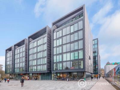 Property to rent in Simpson Loan, Old Town, Edinburgh, EH3 9GU