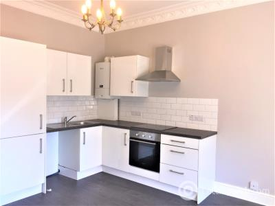 Property to rent in Manor Place, Broughty Ferry, Dundee, DD5 2BZ