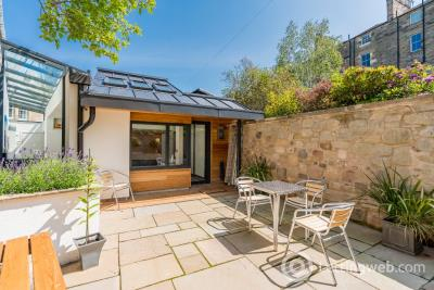 Property to rent in Belgrave Crescent Lane, West End, Edinburgh, EH4 3AG