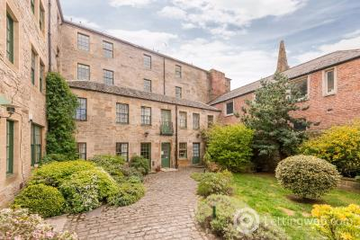 Property to rent in Constitution Street, Leith, Edinburgh, EH6 7AE
