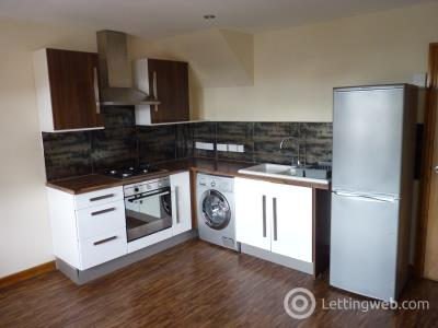 Property to rent in NORTH UNION STREET, MONIFIETH - COMBINED LOUNGE KITCHEN