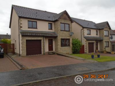 Property to rent in 9 YOUNG AVENUE BIRKHILL