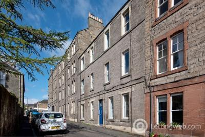 Property to rent in Hawthornvale, Newhaven, Edinburgh, EH6 4JX