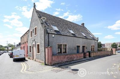 Property to rent in Adelphi Place, Portobello, Edinburgh, EH15 1BG