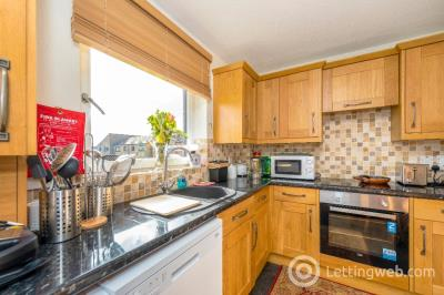 Property to rent in Clark Place, Edinburgh, EH5 3BQ