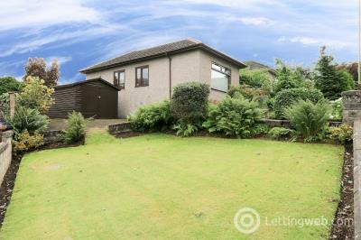 Property to rent in Elmwood Road, Dundee