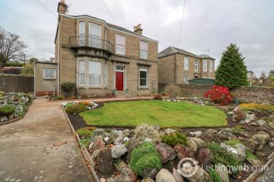 Property to rent in Drummond Street, Dundee