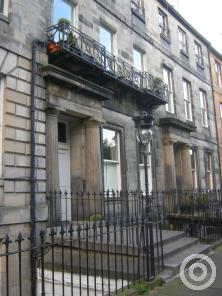 Property to rent in Royal Crescent