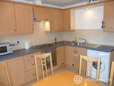 Property to rent in Fraser Road