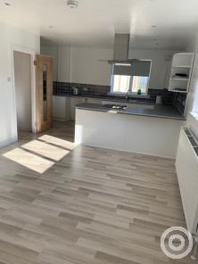 Property to rent in Stockethill Square
