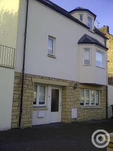 Property to rent in Gartcows
