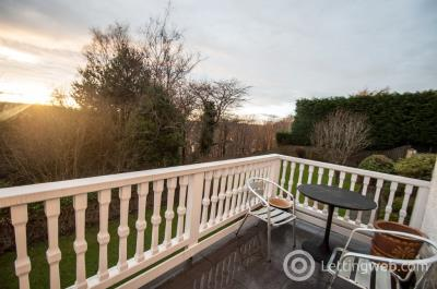 Property to rent in Cliff House, AB15