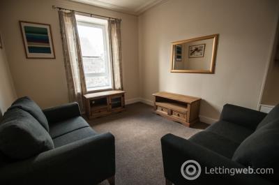 Property to rent in Baker Street, Rosemount