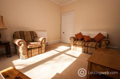 Property to rent in Richmond Terrace