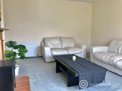 Property to rent in Eday Crescent