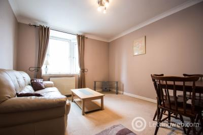 Property to rent in Picardy Court