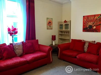 Property to rent in Summerfield Terrace, AB24