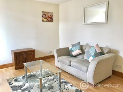 Property to rent in Crown Street, AB11