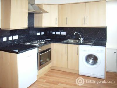 Property to rent in Spital, AB24