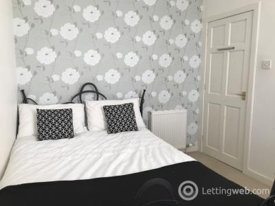 Property to rent in Wallfield Place, Aberdeen